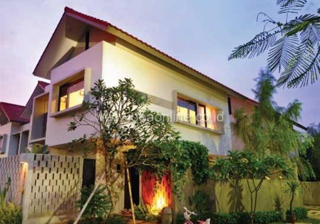 Rumah Tropis Merespons Lingkungan